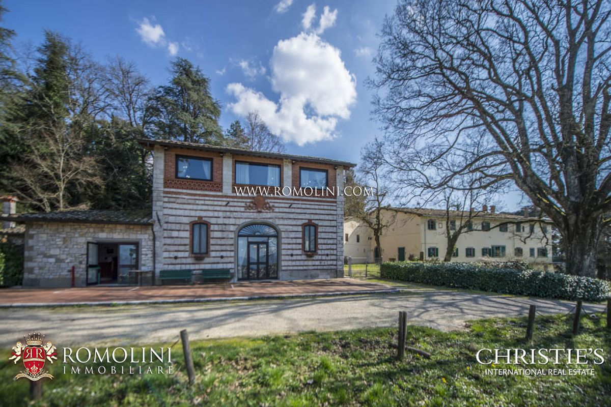 Additional photo for property listing at Tuscany - 139-ACRE ESTATE FOR SALE IN TUSCANY, IN BIBBIENA Bibbiena, Italie