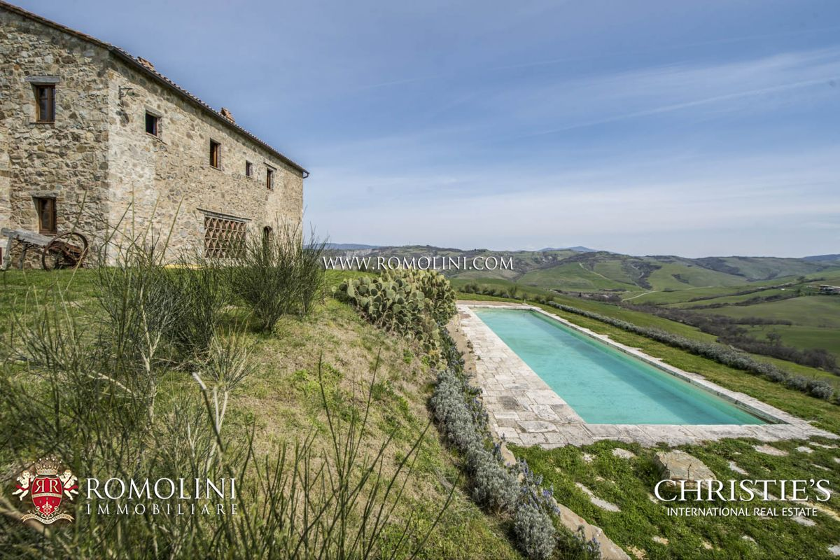 Villas / Townhouses for Sale at Tuscany - VAL D'ORCIA, TUSCANY: STONE FARMHOUSE WITH POOL FOR SALE Castiglione d Orcia, Italy