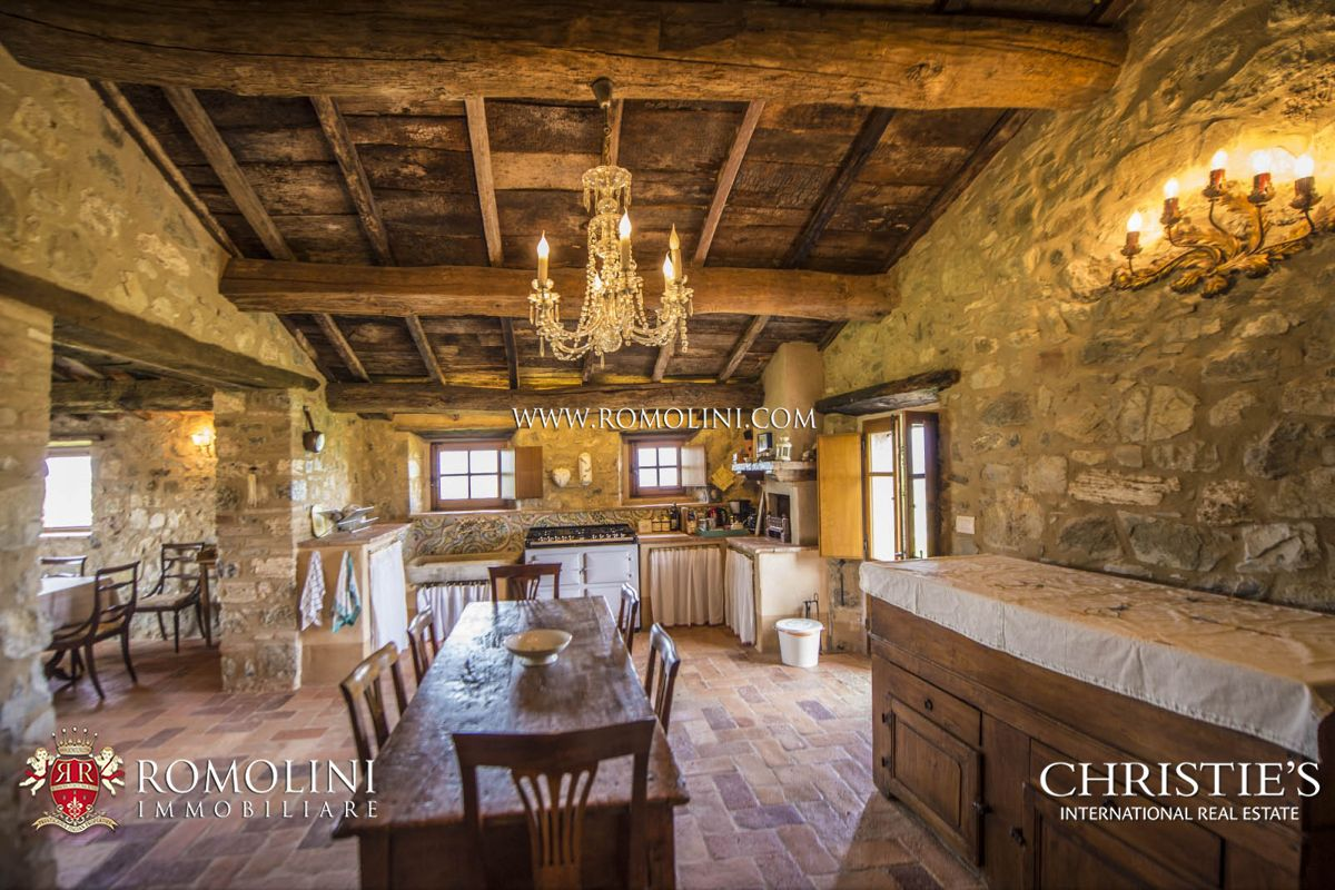 Additional photo for property listing at Tuscany - VAL D'ORCIA, TUSCANY: STONE FARMHOUSE WITH POOL FOR SALE Castiglione d Orcia, Italy