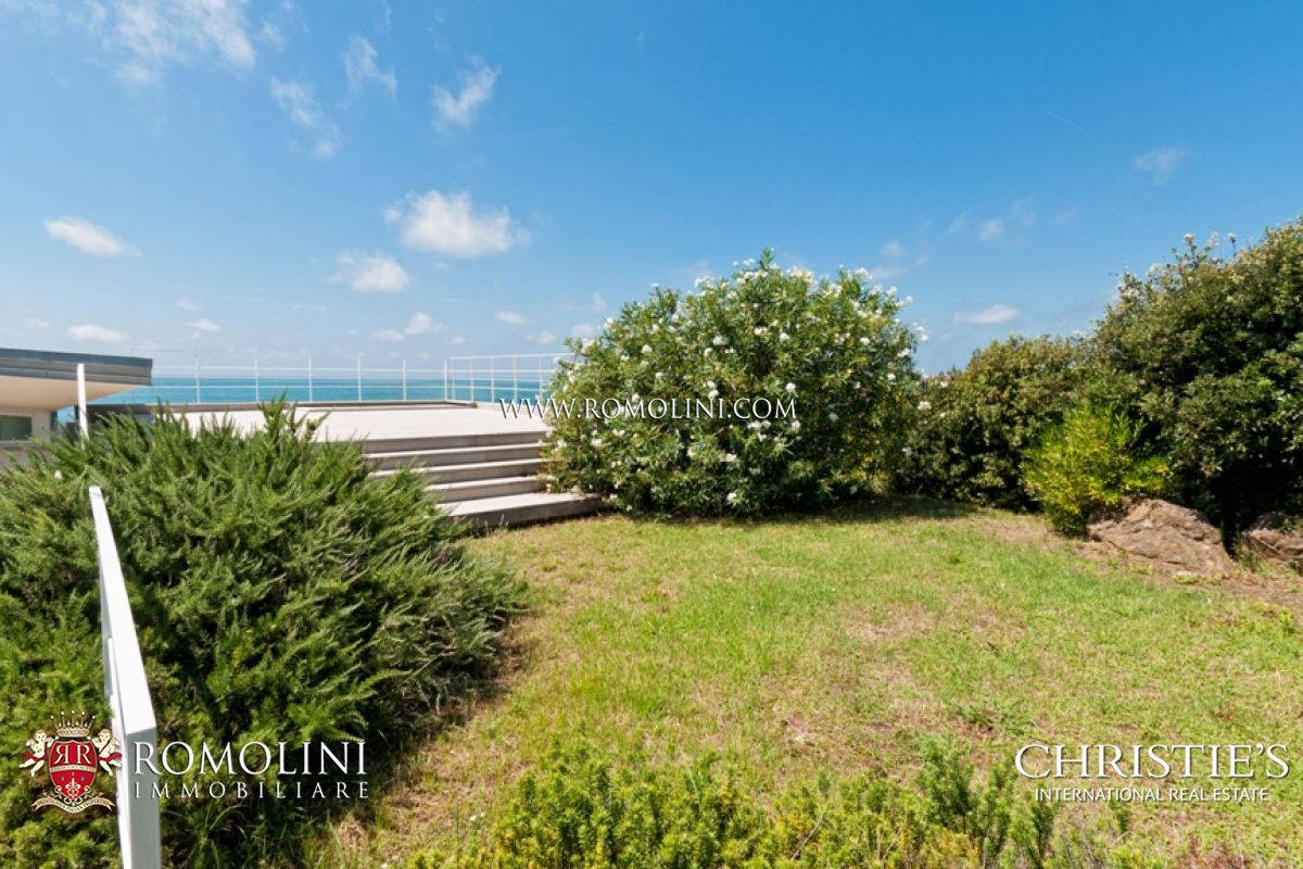 Additional photo for property listing at Tuscany - WATERFRONT LUXURY 3 BEDROOM VILLA IN TUSCANY COAST Livorno, Италия