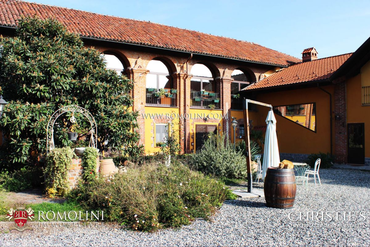 Additional photo for property listing at Piedmont - AGRITURISMO FOR SALE IN PIEDMONT, IN TURIN Turin, イタリア