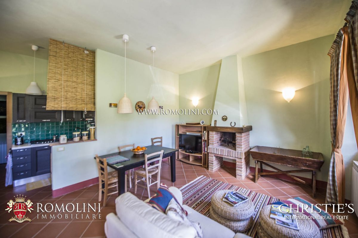 Additional photo for property listing at Tuscany - TUSCANY WINE ESTATE WITH LUXURY VILLA AND WINERY FOR SALE Casole D Elsa, Italy