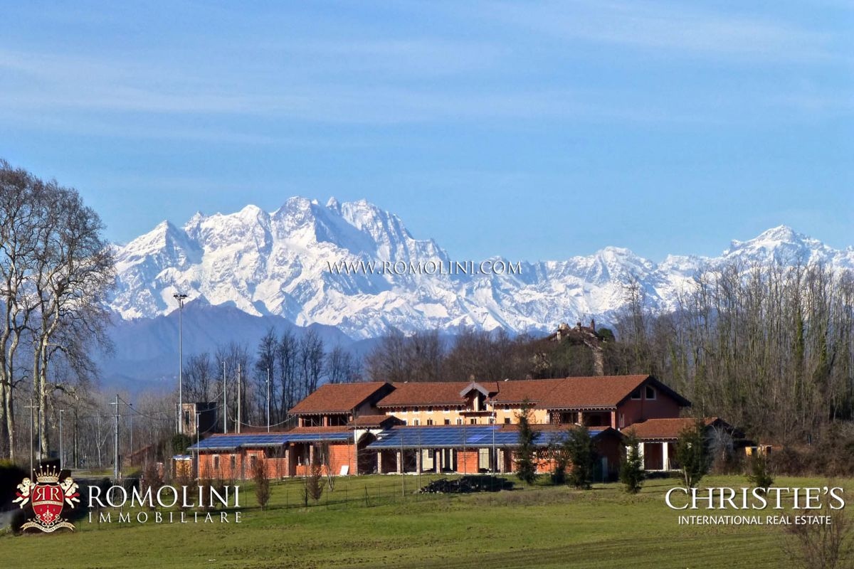 別墅 / 联排别墅 為 出售 在 Piedmont - FARMSTEAD WITH LAND FOR SALE IN PIEDMONT Agrate Conturbia, 義大利
