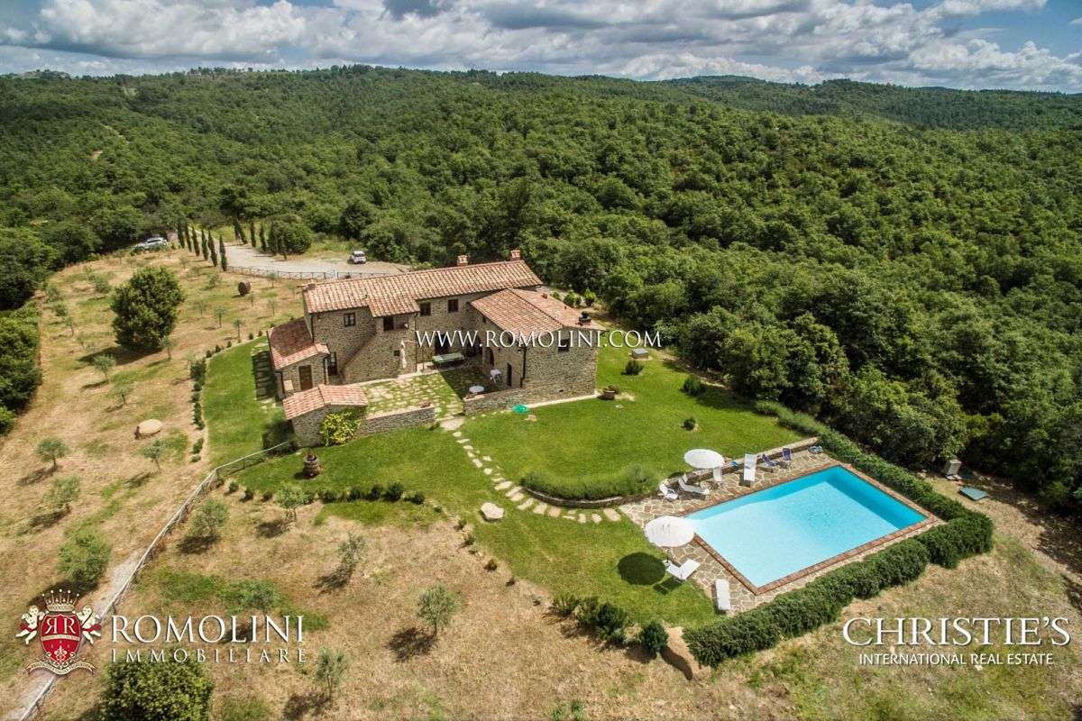 Tuscany Farmhouse With Pool For Sale In Siena Tuscany A Luxury Home For Sale In Rapolano
