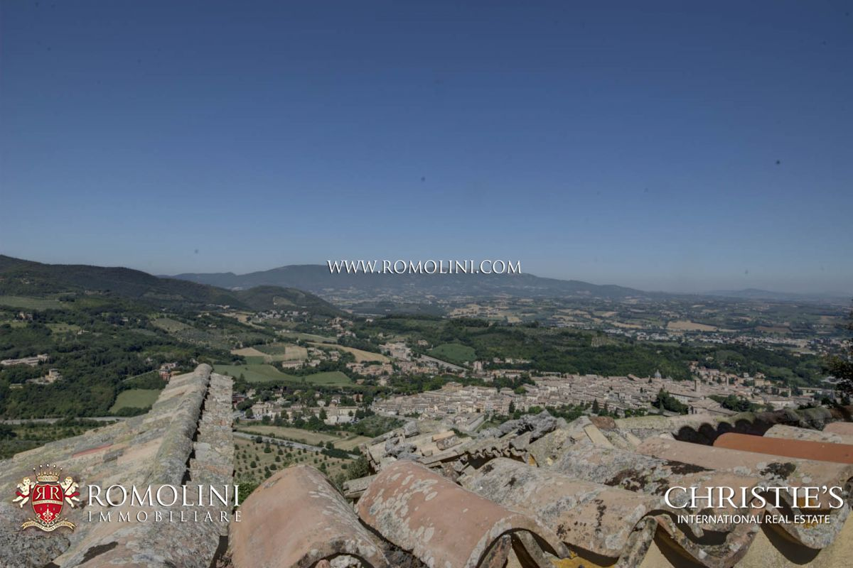 Additional photo for property listing at Umbria - MONASTERY FOR SALE IN UMBRIA, SPOLETO Spoleto, Itália