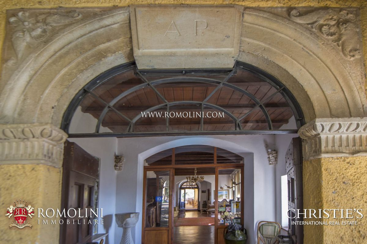Additional photo for property listing at Umbria - MONASTERY FOR SALE IN UMBRIA, SPOLETO Spoleto, Italie