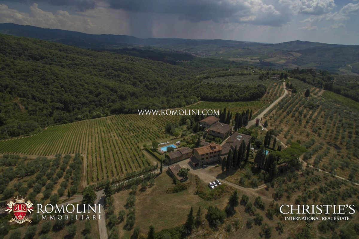 Additional photo for property listing at Tuscany - HAMLET WITH WINERY IN CHIANTI CLASSICO WITH 14 HECTARES OF VINEYARDS Greve In Chianti, Italië