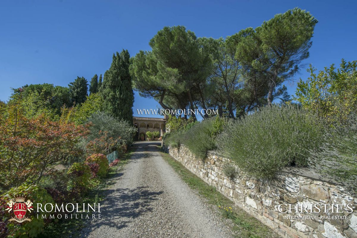 Additional photo for property listing at Tuscany - WINE ESTATE IN CHIANTI CLASSICO WITH 46 HECTARES OF VINEYARDS, TUSCANY Castellina In Chianti, Италия