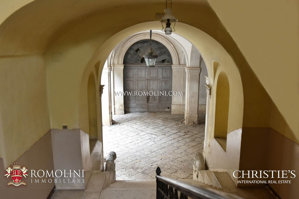 Additional photo for property listing at Apulia - HISTORICAL PROPERTY FOR SALE IN ALTAMURA, APULIA Altamura, Italya