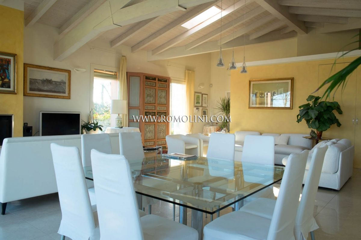 Additional photo for property listing at Emilia-Romagna - VILLA FOR SALE IN RAVENNA, EMILIA ROMAGNA Ravenna, Italia