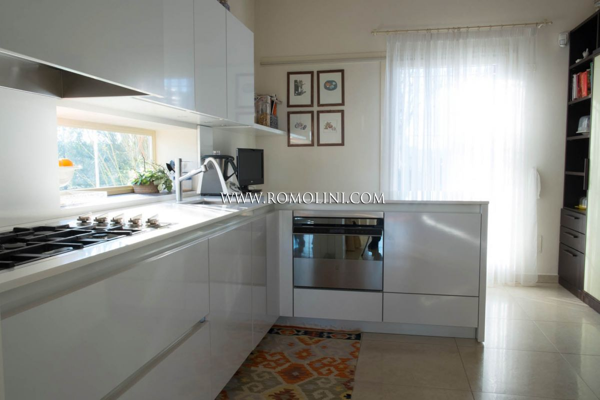 Additional photo for property listing at Emilia-Romagna - VILLA FOR SALE IN RAVENNA, EMILIA ROMAGNA Ravenna, Италия
