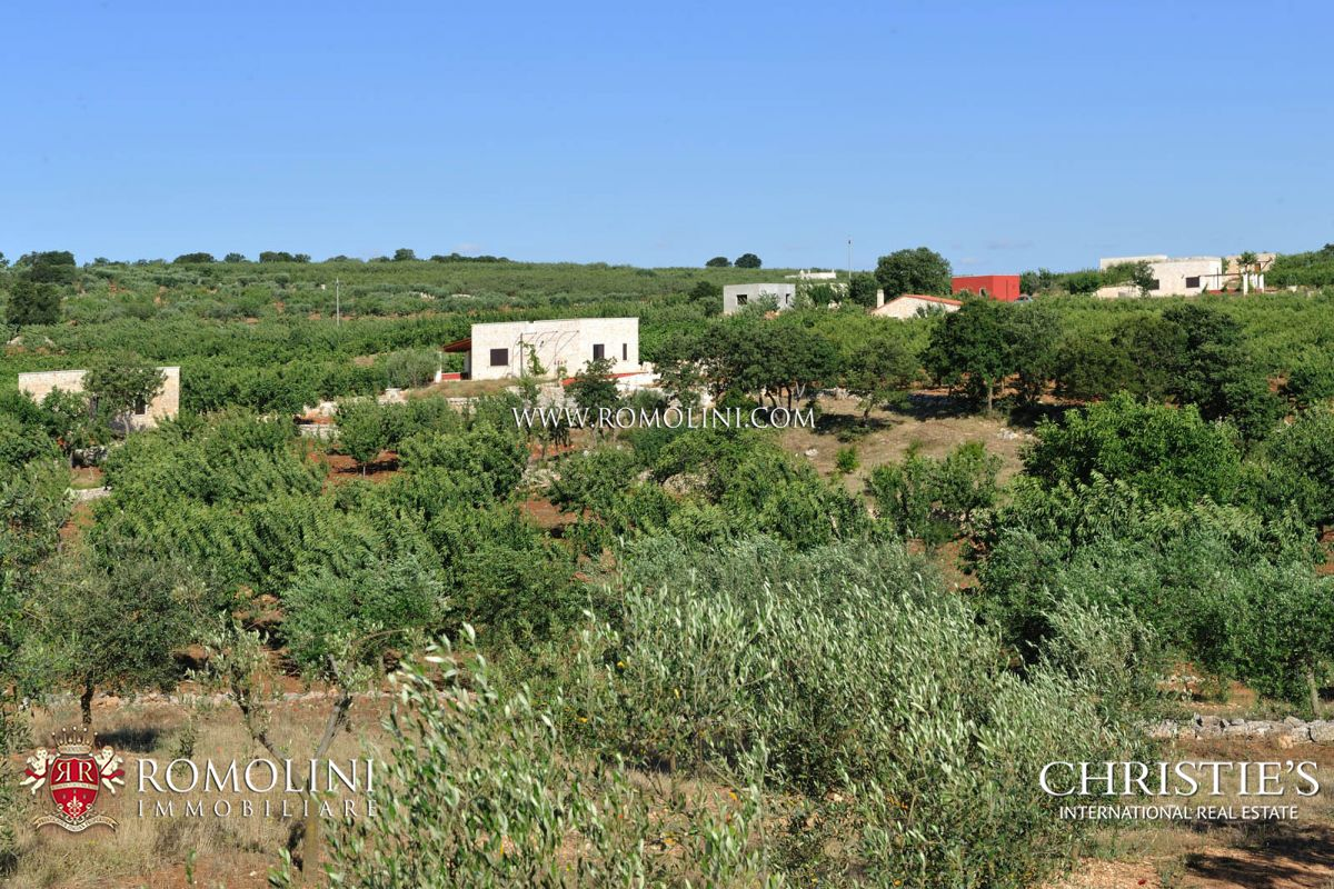 Vineyard for Sale at Apulia - ESTATE WITH AGRITURISMO AND 30 HA OF LAND FOR SALE IN BARI, APULIA Castellana Grotte, Italy