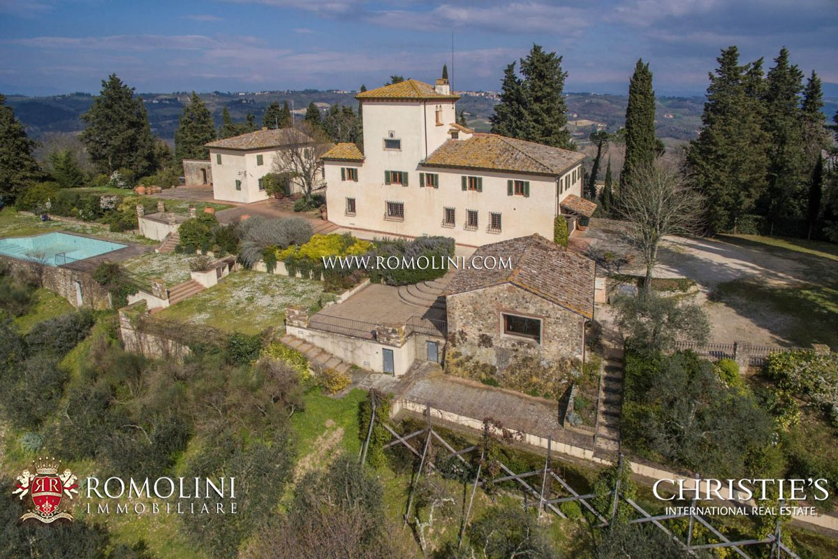 Additional photo for property listing at Tuscany - LUXURY VILLA WITH VINEYARDS IN CHIANTI, FLORENCE, TUSCANY Firenze, 이탈리아