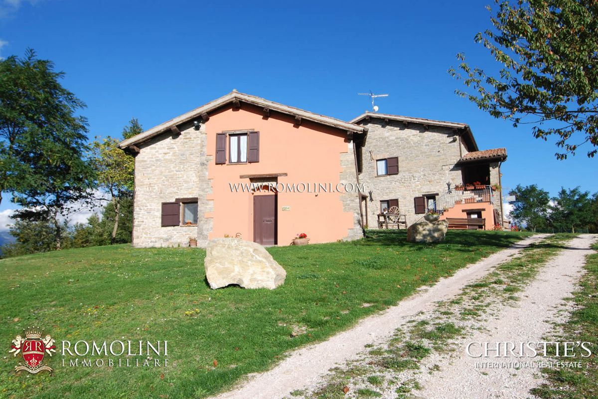 Additional photo for property listing at Umbria - AGRITURISMO FOR SALE IN GUBBIO, UMBRIA 古比奥, 意大利