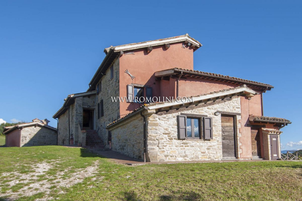 Additional photo for property listing at Umbria - FARM ESTATE WITH AGRITURISMO AND 100 HA OF LAND FOR SALE IN GUBBIO, UMBRIA Gubbio, Italya