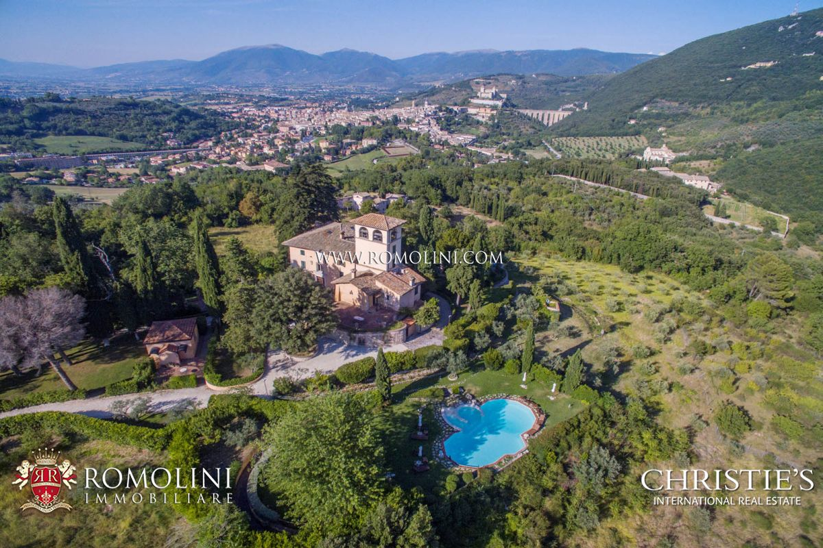 주거 부지 용 매매 에 Umbria - PRESTIGIOUS VILLA FOR SALE IN SPOLETO, UMBRIAN HILLS Spoleto, 이탈리아