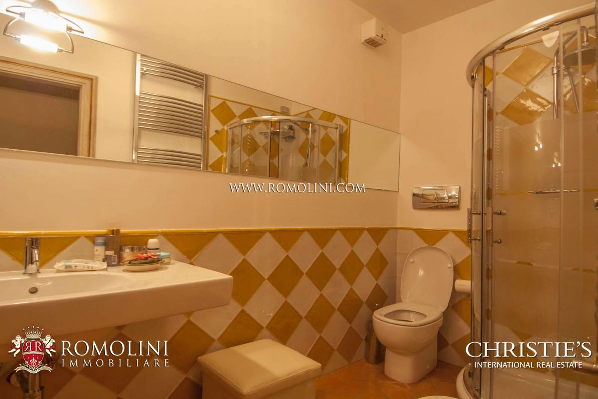Additional photo for property listing at Umbria - LUXURY VILLA FOR SALE IN ITALY PERUGIA Corciano, イタリア