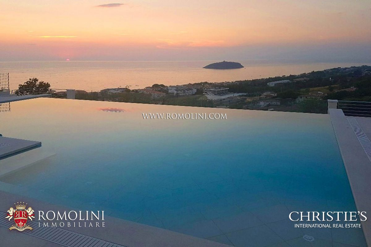 Appartementen voor Verkoop een t Calabria - NEWLY BUILT VILLA WITH SEA VIEW FOR SALE IN DIAMANTE, CALABRIA Diamante, Italië