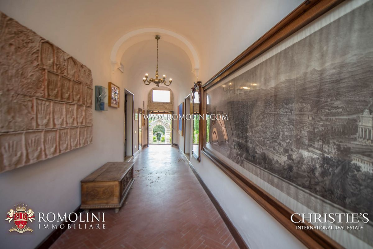 Additional photo for property listing at Umbria - OLD CONVENT, MONASTERY, COUNTRY HOTEL FOR SALE IN ITALY Todi, イタリア