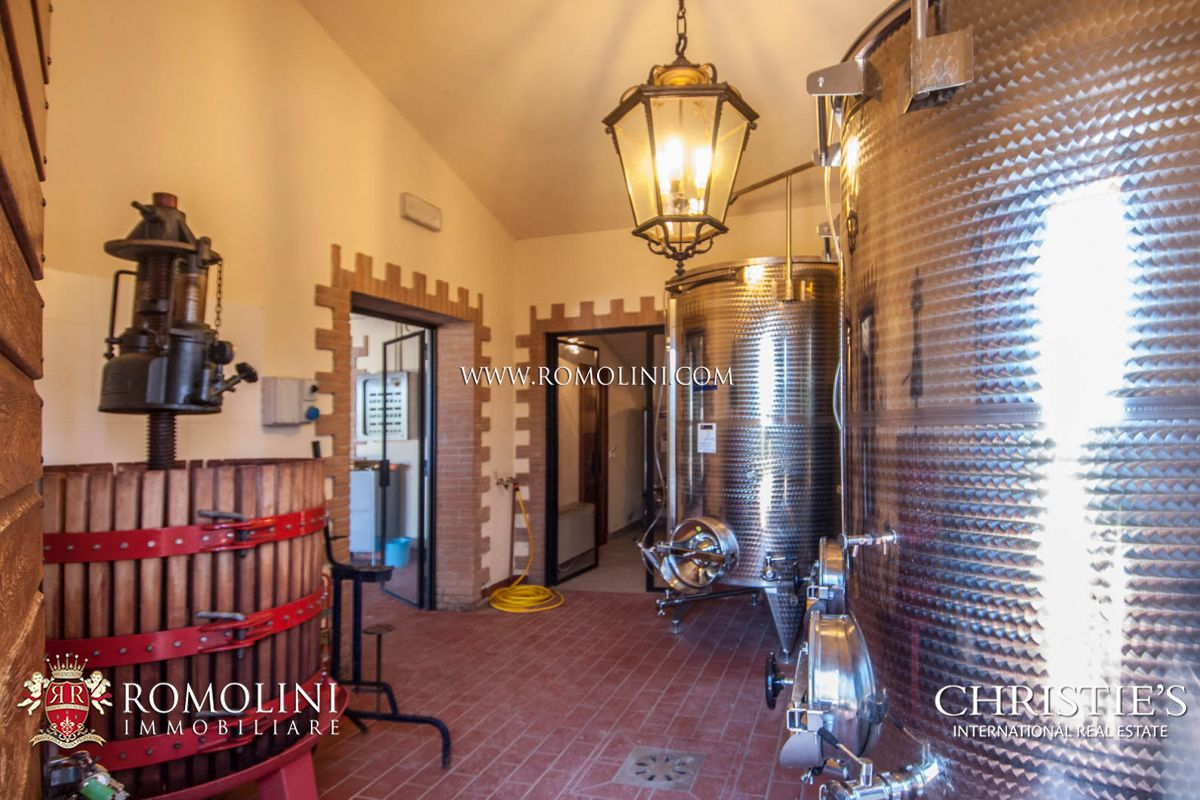 Additional photo for property listing at Umbria - SAGRANTINO DI MONTEFALCO WINERY & VINEYARDS FOR SALE IN MONTEFALCO Gualdo Cattaneo, 意大利