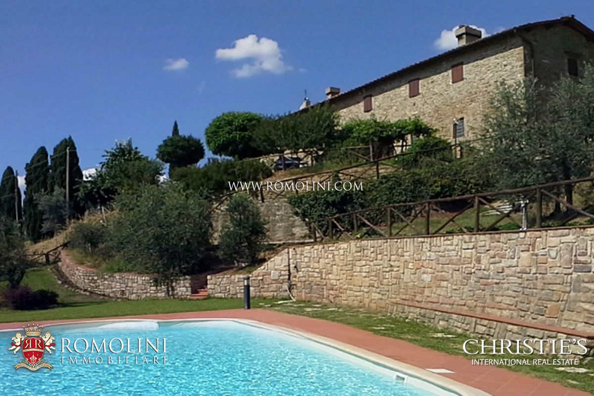 주거 부지 용 매매 에 Tuscany - ITALIAN PROPERTY WITH PANORAMIC VIEW FOR SALE IN TUSCANY, VALDARNO Reggello, 이탈리아
