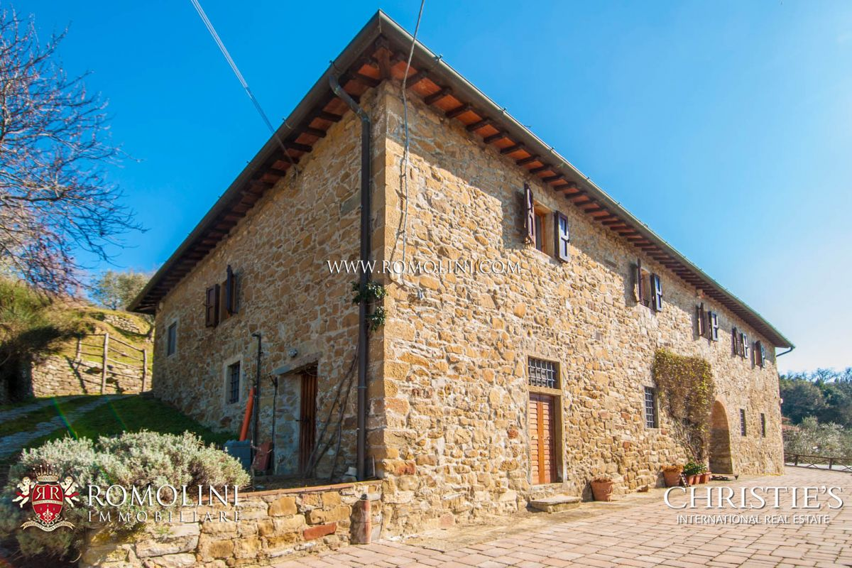 Additional photo for property listing at Tuscany - ITALIAN PROPERTY WITH PANORAMIC VIEW FOR SALE IN TUSCANY, VALDARNO Reggello, Италия