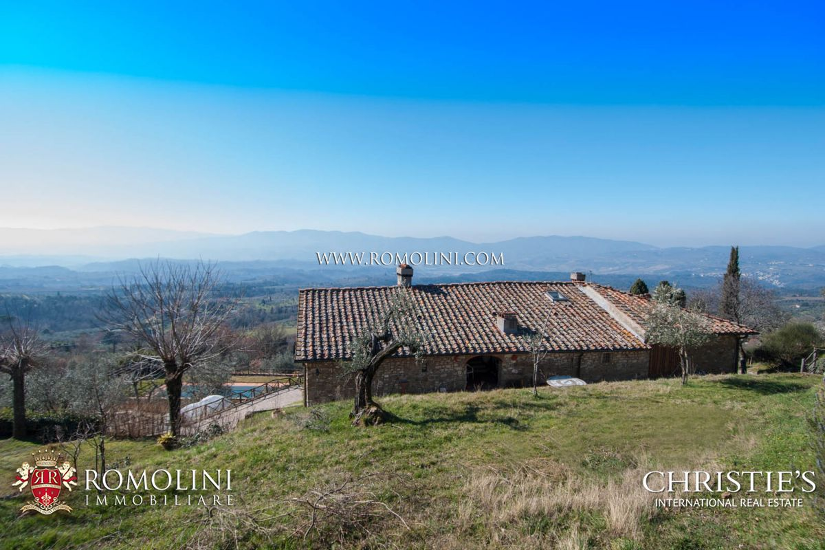 Additional photo for property listing at Tuscany - ITALIAN PROPERTY WITH PANORAMIC VIEW FOR SALE IN TUSCANY, VALDARNO Reggello, 義大利