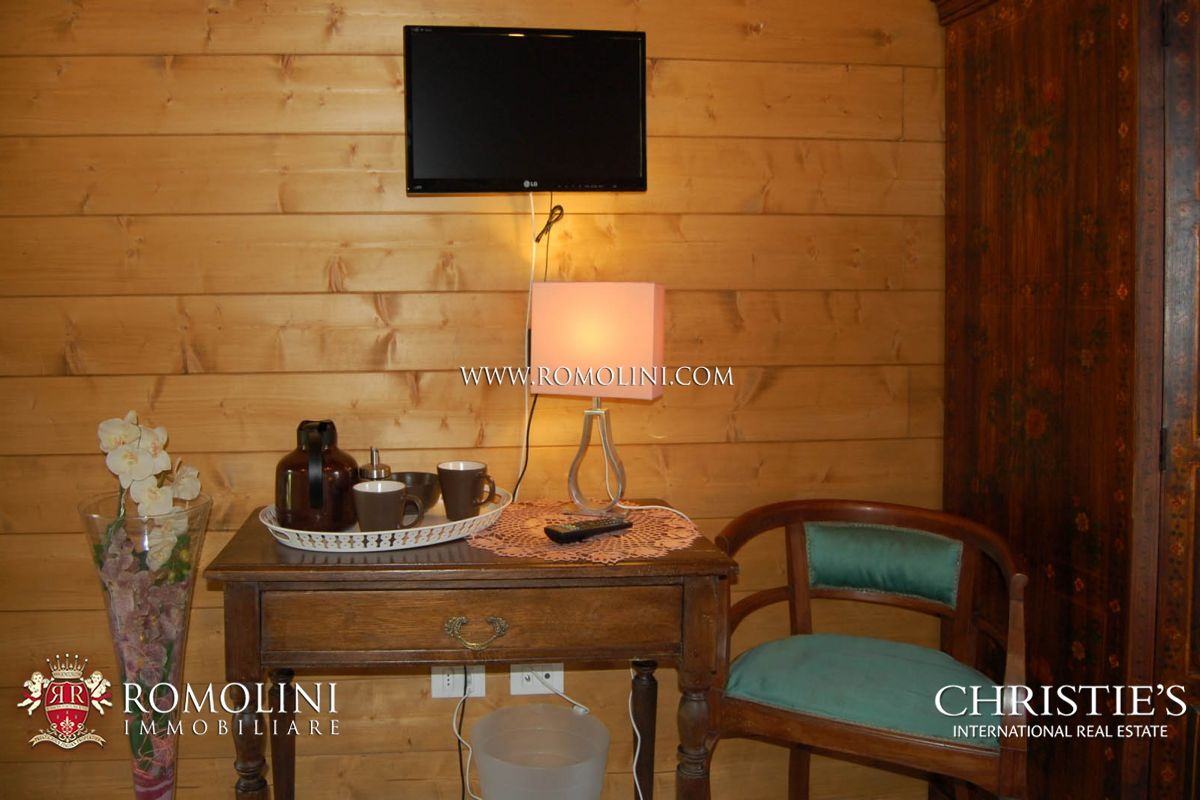 Additional photo for property listing at Piedmont - PROPERTY WITH LAND FOR SALE IN PIEDMONT Biella, Itália
