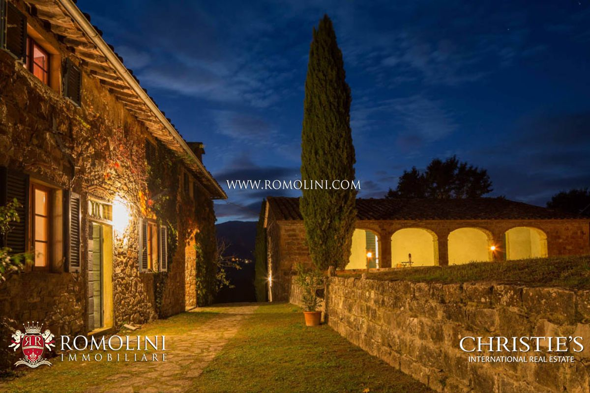 Additional photo for property listing at Tuscany - TUSCAN ESTATE FOR SALE PIEVE SANTO STEFANO Pieve Santo Stefano, Italien