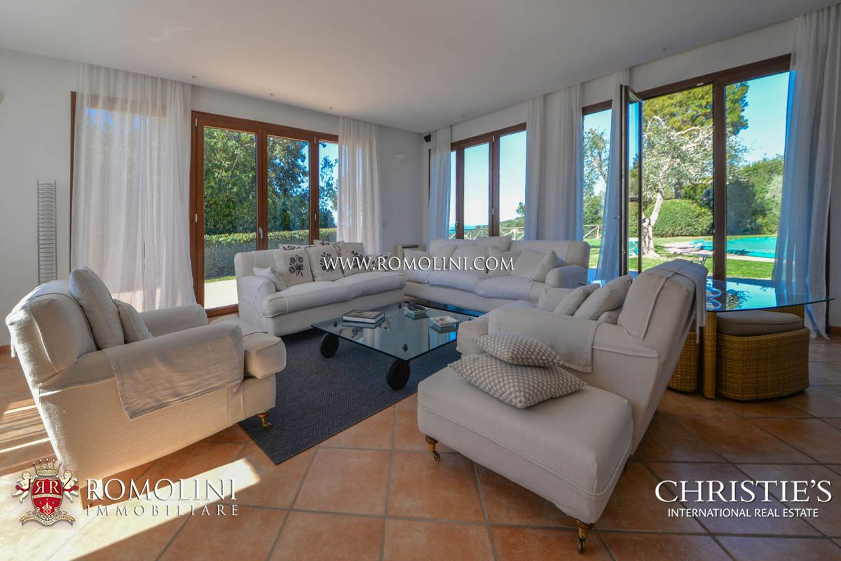 Additional photo for property listing at Tuscany - PRESTIGIOUS VILLA FOR SALE ON THE GULF OF FOLLONICA, TUSCANY Castiglione Della Pescaia, Италия