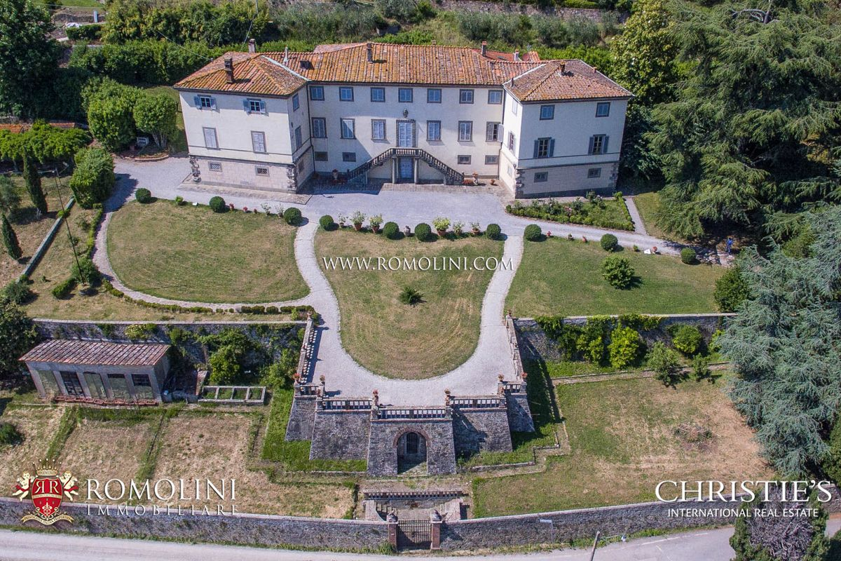 Villas / Townhouses for Sale at Tuscany - LUCCA: HISTORICAL VILLA WITH PANORAMIC SIGHT Lucca, Italy