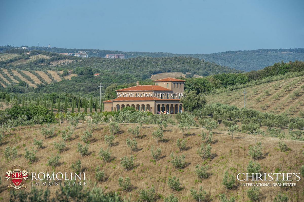 Apartamentos para Venda às Tuscany - MASSA MARITTIMA: PRESTIGIOUS VILLA WITH SEA VIEWS AND 27 HA OF LAND Grosseto, Itália