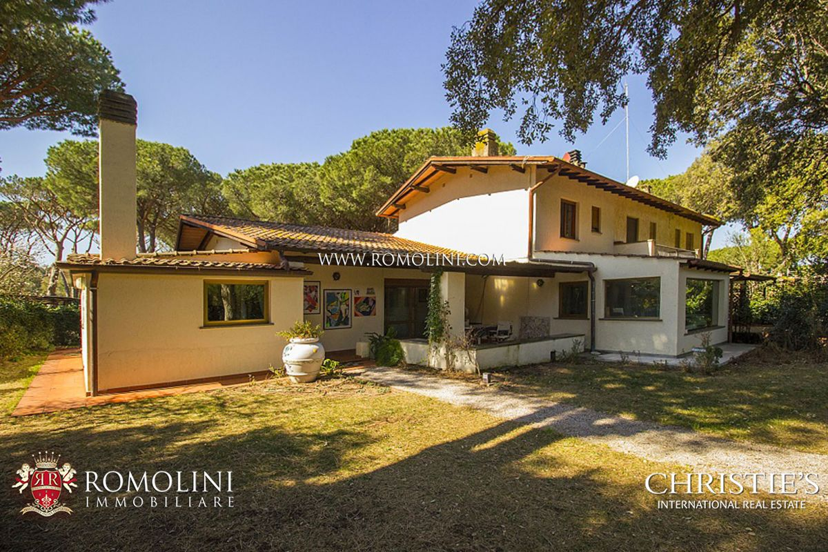 Apartamentos para Venda às Tuscany - MODERN VILLA FOR SALE BY THE SEA, PUNTA ALA Punta Ala, Itália