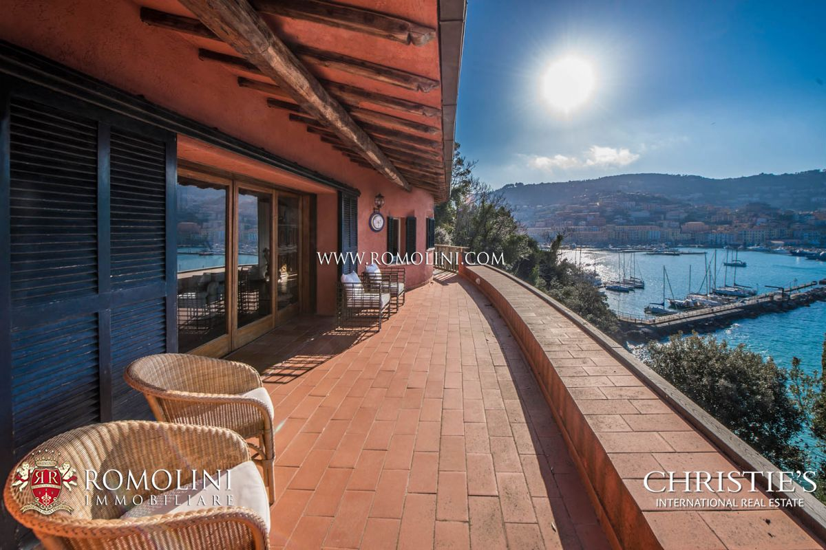 Apartamentos para Venda às Tuscany - PRESTIGIOUS VILLA OVER THE SEA FOR SALE ON MONTE ARGENTARIO Grosseto, Itália