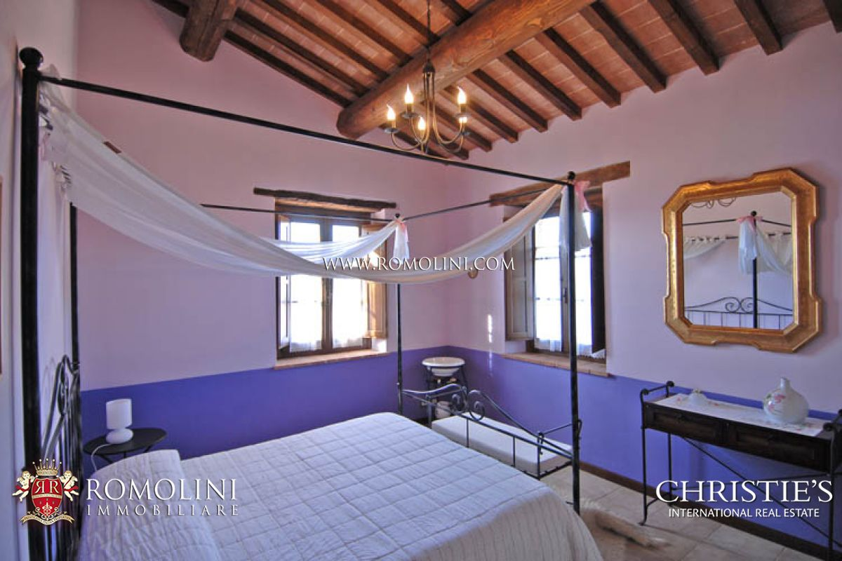 Additional photo for property listing at Umbria - ORGANIC ESTATE AGRITURISMO FOR SALE IN UMBRIA Montegabbione, 意大利