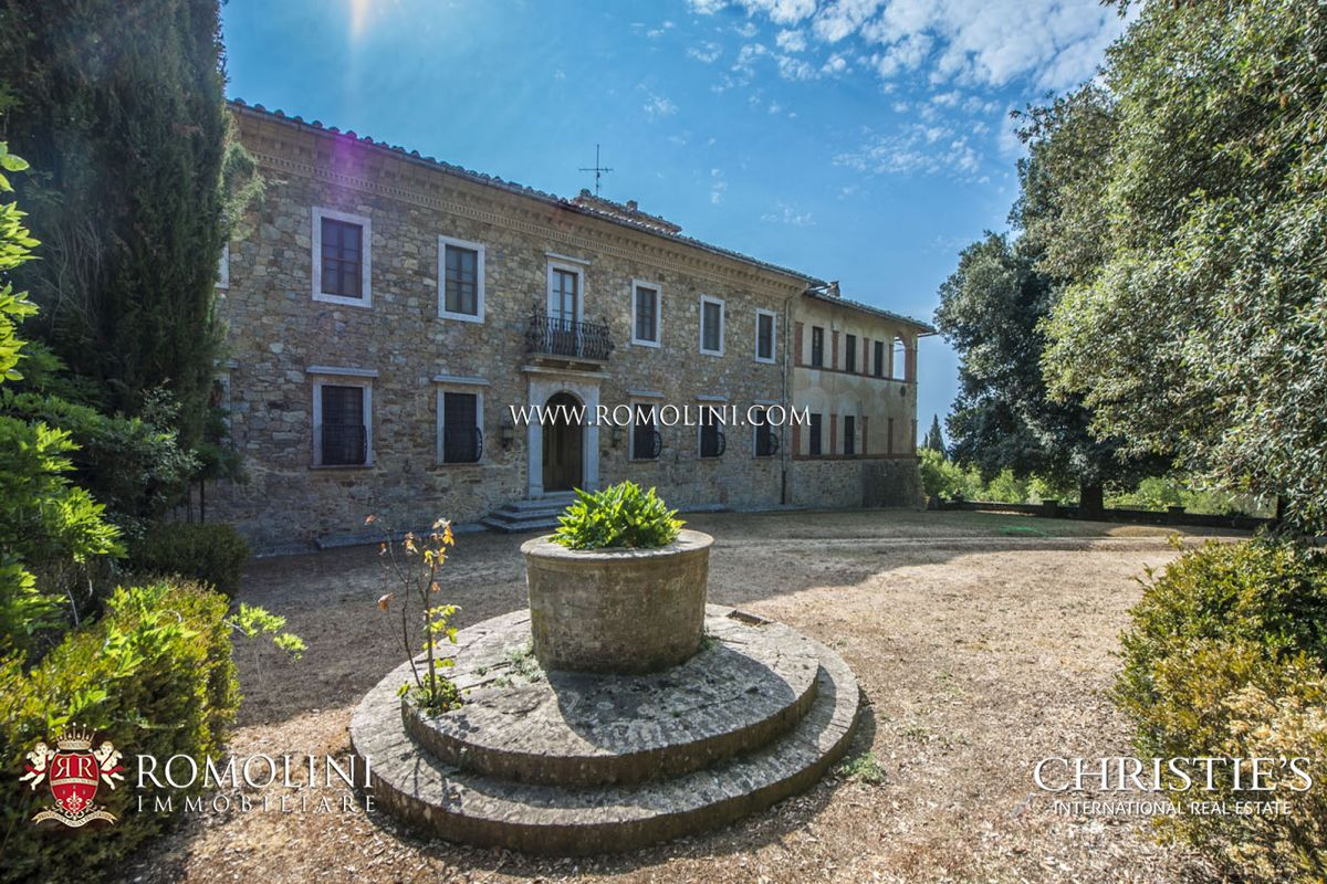 Additional photo for property listing at Tuscany - SIENA: HISTORIC ESTATE WITH MANOR HOUSE, CHURCH AND LAND FOR SALE Siena, イタリア