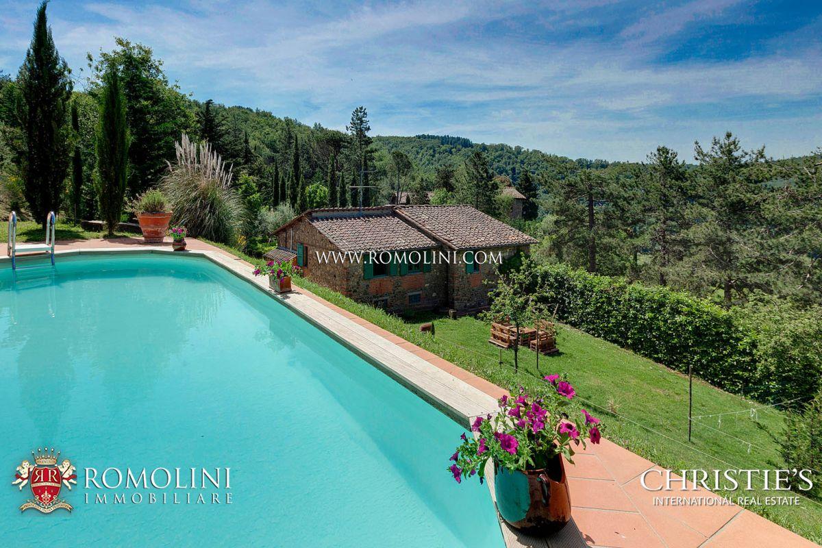 Villa / Casa adosada por un Venta en Tuscany - GREVE IN CHIANTI: COUNTRYSIDE VILLAS WITH POOL FOR SALE Greve In Chianti, Italia