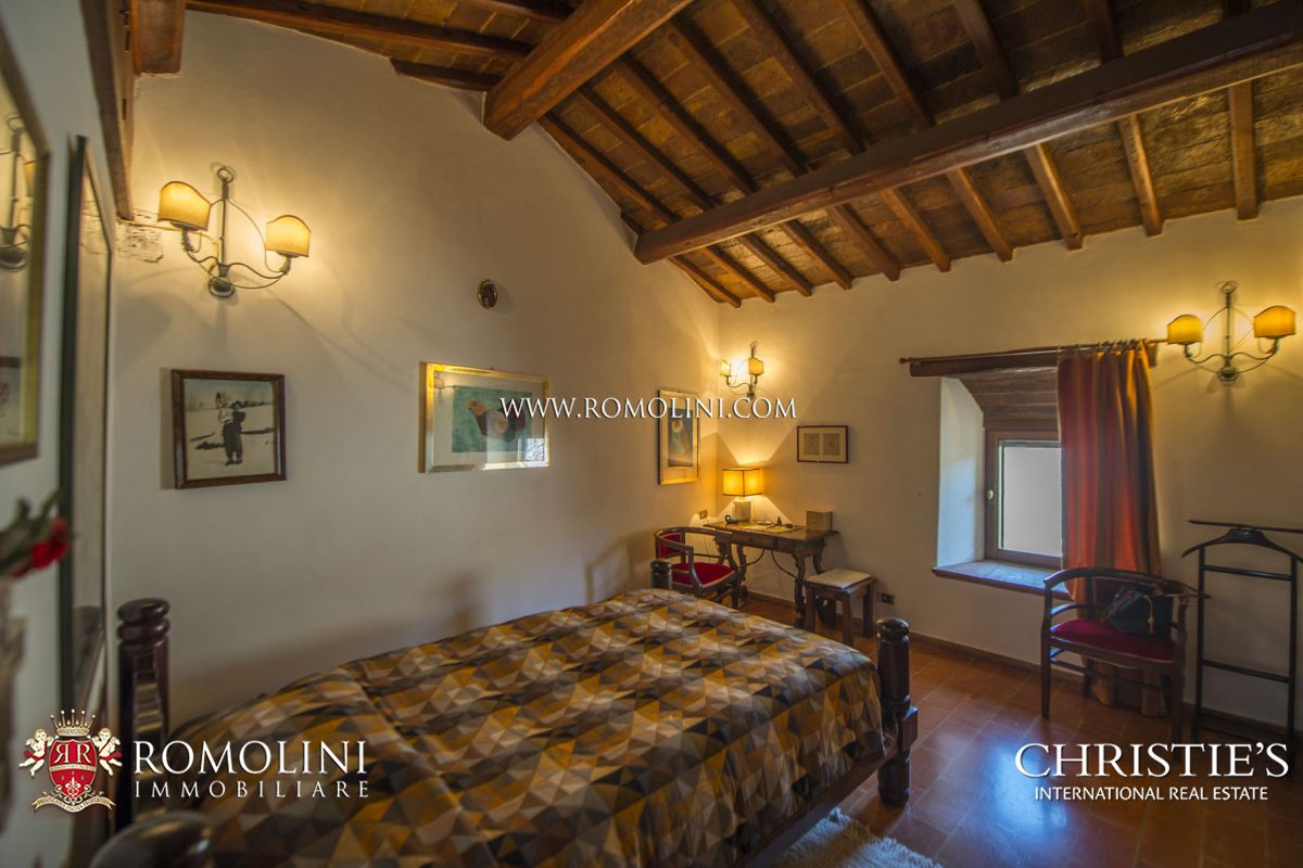 3D Immobiliare Terni umbria - medieval castle and hamlet for sale in umbria: a