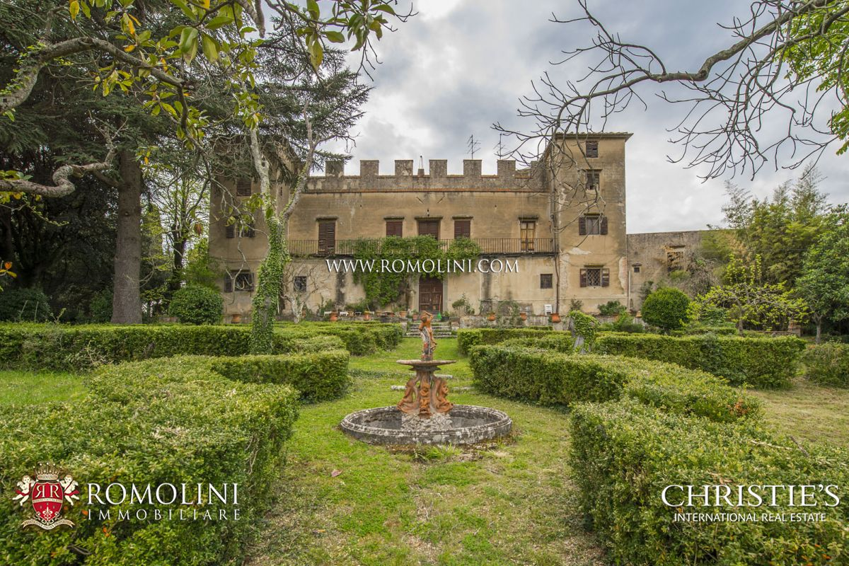 Villas / Townhouses için Satış at Tuscany - LUXURY VILLA WITH MEDIEVAL HAMLET FOR SALE, FLORENCE, TUSCANY Firenze, Italya