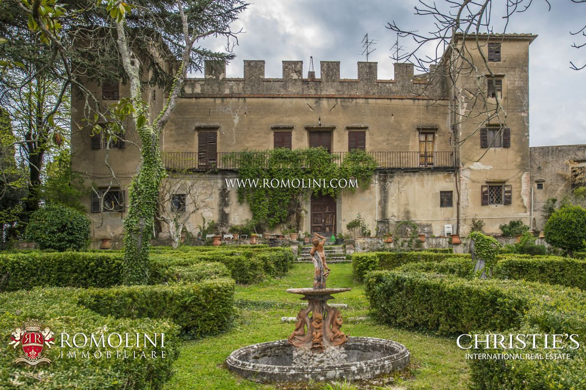 Tuscany - LUXURY VILLA WITH MEDIEVAL HAMLET FOR SALE ...