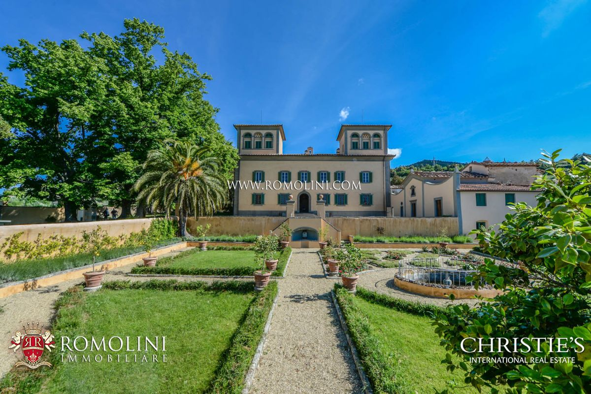 Vignoble pour l Vente à Tuscany - FLORENCE: LUXURY ESTATE WITH CHIANTI MONTALBANO VINEYARD FOR SALE Firenze, Italie