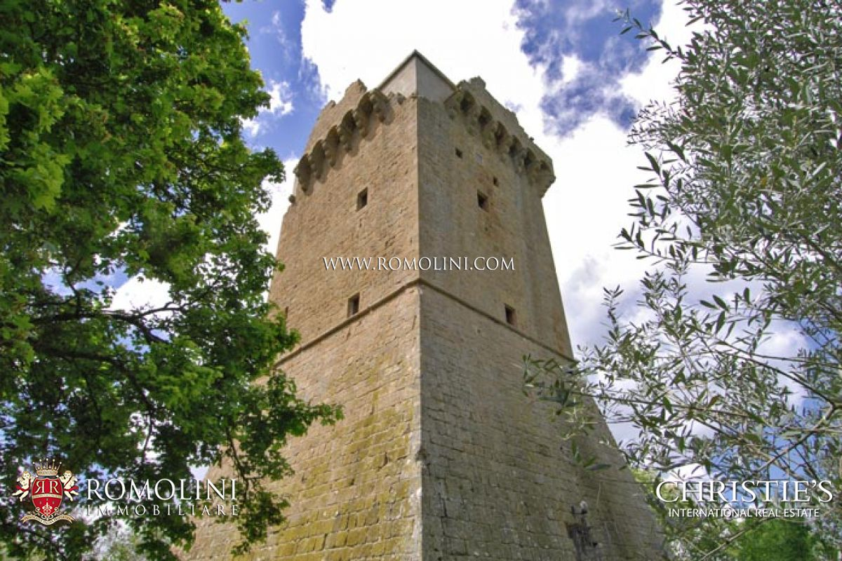 Villas / Townhouses for Sale at Tuscany - MONTICCHIELLO PIENZA VAL D'ORCIA MEDIEVAL TOWER FOR SALE Pienza, Italy