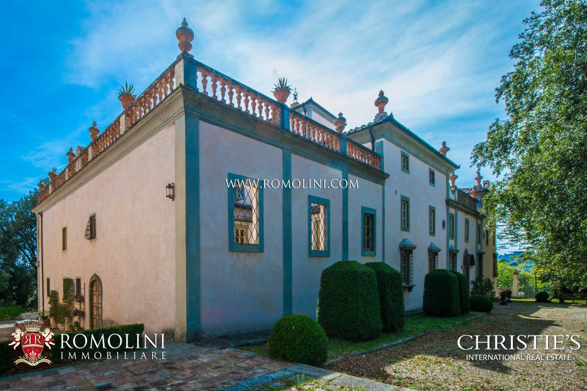 Residencia por un Venta en Tuscany - FLORENCE: PRESTIGIOUS HISTORICAL VILLA WITH CHURCH AND PARK Firenze, Italia
