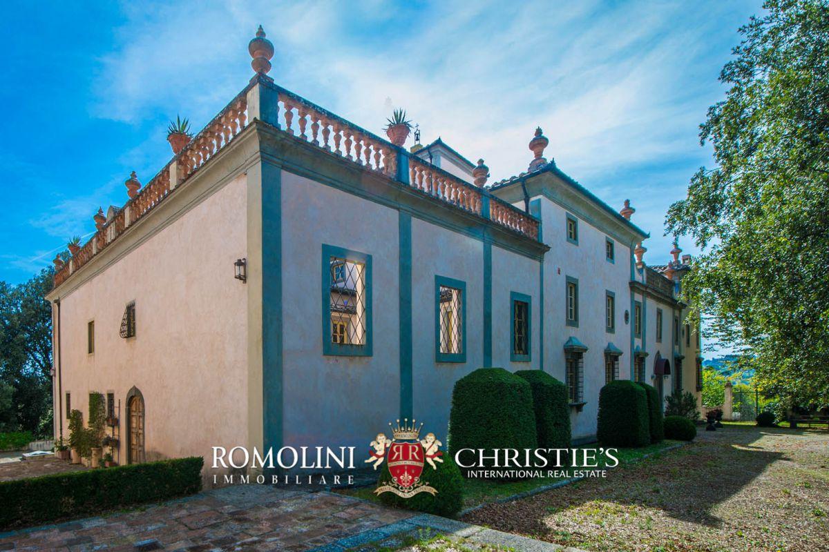 Residencia por un Venta en Tuscany - FLORENCE: PRESTIGIOUS HISTORICAL VILLA WITH CHURCH AND PARK Firenze, Italia