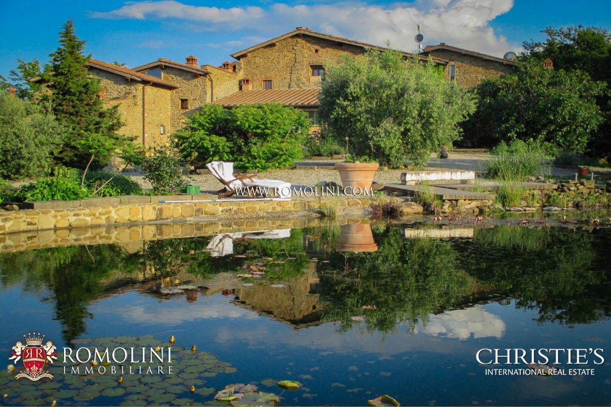 농장 / 목장 / 농장 용 매매 에 Tuscany - CHIANTI HILLS: 15TH CENTURY HISTORICAL FARMHOUSE, AGRITURISMO Arezzo, 이탈리아