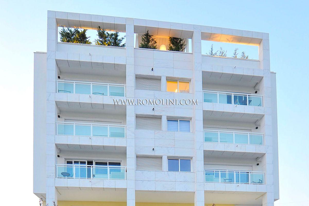 Attico moderno con terrazzo in vendita a lisbona portogallo