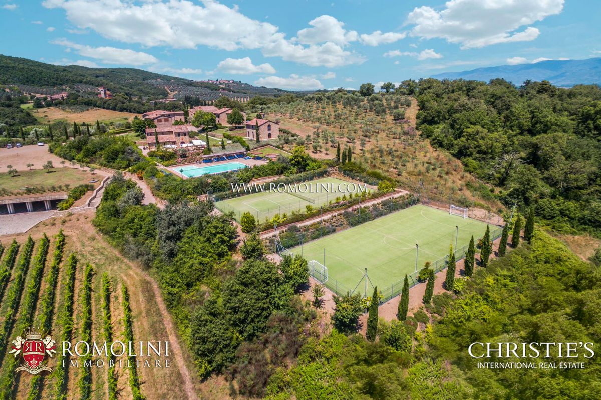 Vineyard for Sale at Tuscany - 85 HA ESTATE WITH HAMLETS AND CHIANTI VINEYARD FOR SALE, TUSCANY Arezzo, Arezzo Italy