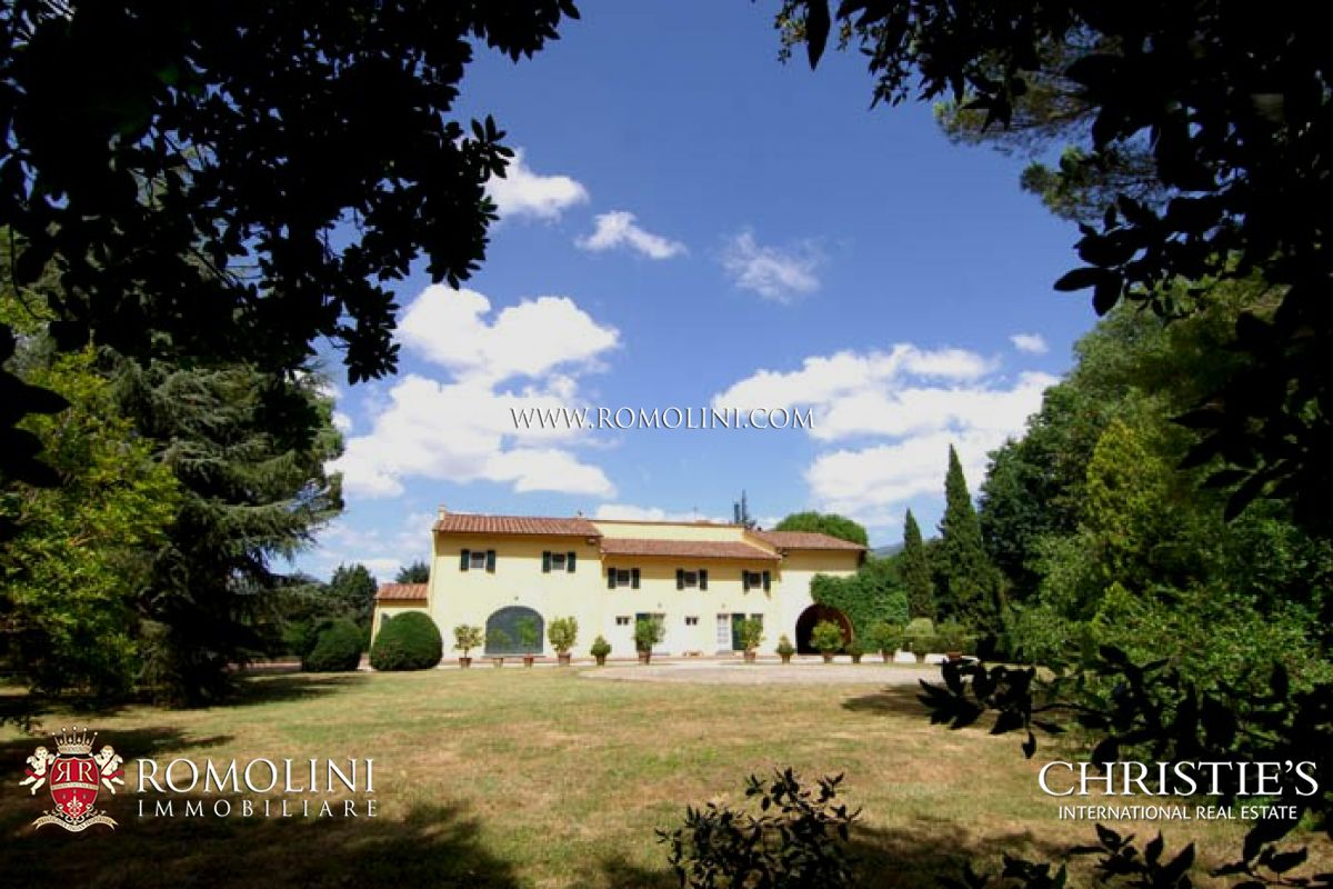 Villas / Townhouses for Sale at Tuscany - VILLA FOR SALE IN PISA, SAN GIULIANO TERME. Pisa, Italy