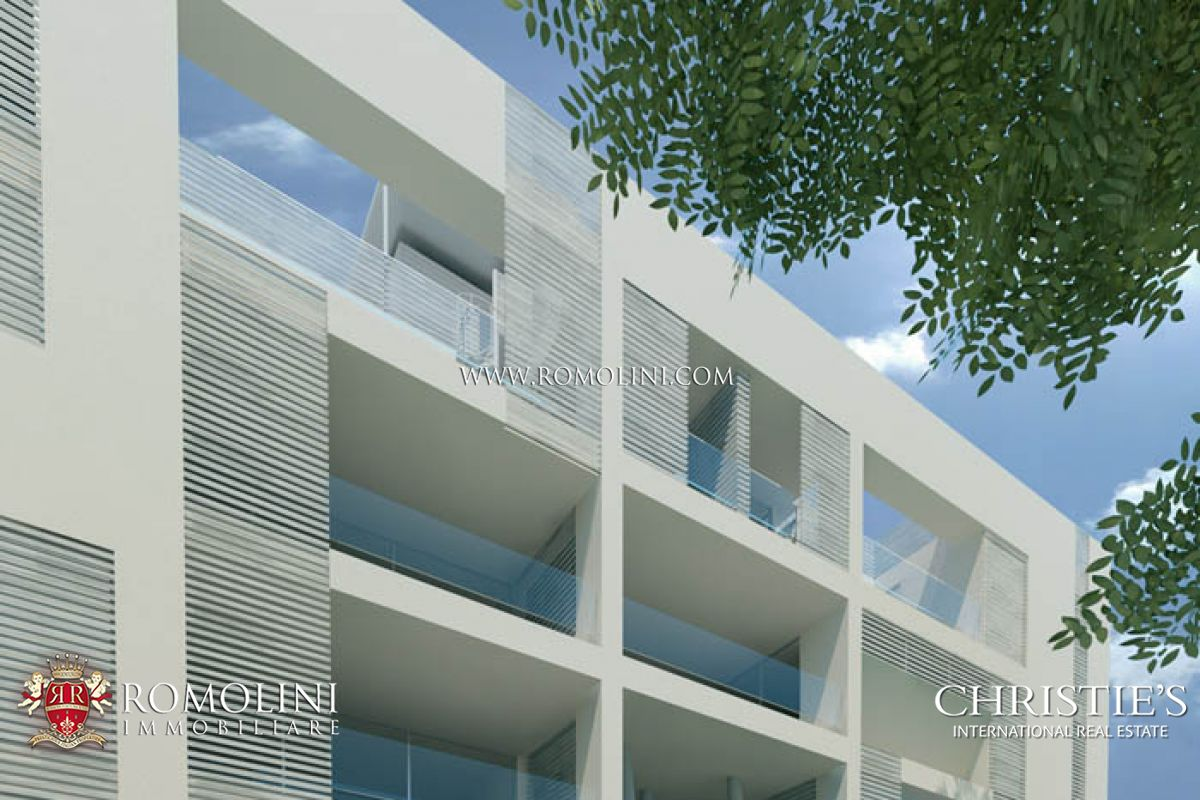 Additional photo for property listing at Emilia-Romagna - PENTHOUSE WITH TERRACE FOR SALE IN RICCIONE VIALE CECCARINI Riccione, Italia