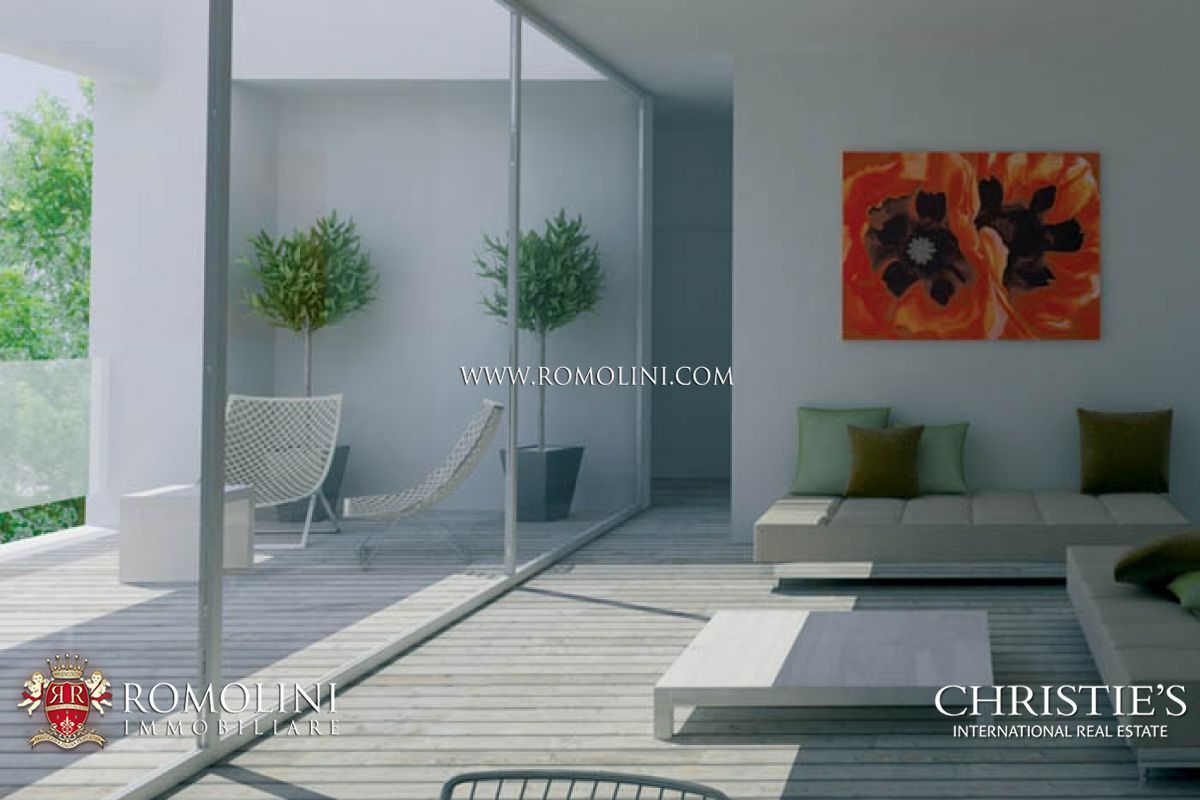 Additional photo for property listing at Emilia-Romagna - PENTHOUSE WITH TERRACE FOR SALE IN RICCIONE VIALE CECCARINI Riccione, Italië